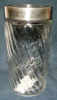Банка для сыпучих продуктов стеклянная (1800 мл; 11,8х22 см)