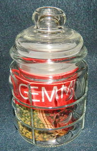 Банка для сыпучих продуктов стеклянная (300 мл; 7,5х12 см)