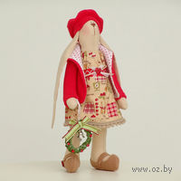 """Кукла ручной работы """"Зайчиха"""" (новогодняя зайчиха с венком в руке)"""