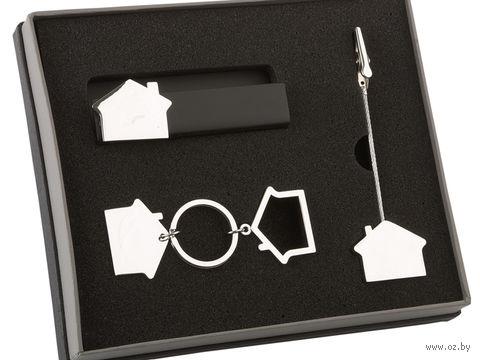 Набор аксессуаров в виде домика. Подставка под визитки, держатель для документов, брелок — фото, картинка