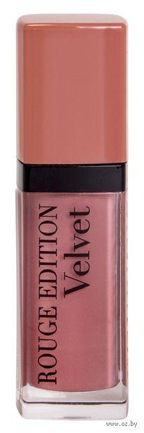 "Помада-флюид для губ ""Rouge edition velvet"" (тон: 28, розово-бежевый) — фото, картинка"