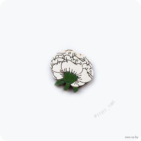 """Значок деревянный """"Белая роза"""" (арт. 413) — фото, картинка"""