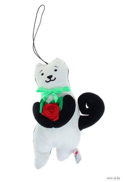 """Мягкая игрушка-брелок """"Кот Презент"""" (23 см; чёрно-белый) — фото, картинка"""