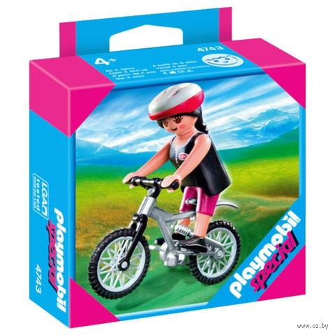 """Фигурка """"Девочка на горном велосипеде"""" (7,5 см)"""