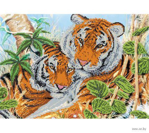 """Канва с нанесенным рисунком """"Тигриная нежность"""""""