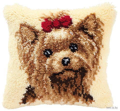 """Вышивка в ковровой технике """"Подушка. Собачка с бантиком"""" (400х400 мм) — фото, картинка"""