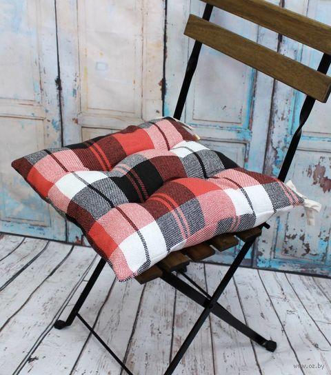 """Подушка на стул """"Шотландка"""" (42х42 см; красно-коричневая) — фото, картинка"""