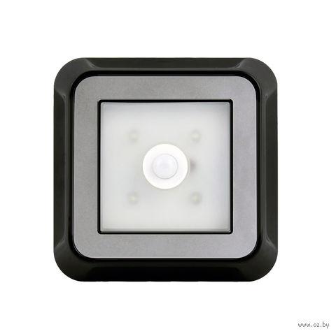 Светодиодный фонарь с датчиком движения и света 4 LED Smartbuy 4AAA (черный)