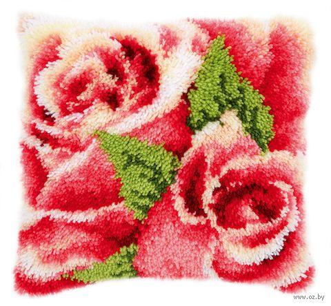 "Вышивка в ковровой технике ""Подушка. Розовая роза с бутоном"" (400х400 мм) — фото, картинка"