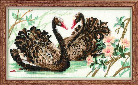 """Вышивка крестом """"Черные лебеди"""" (400х240 мм) — фото, картинка"""