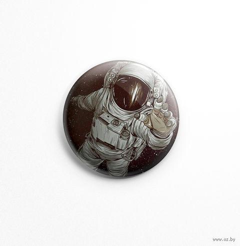 """Значок """"Космонавт"""" (арт. 098) — фото, картинка"""