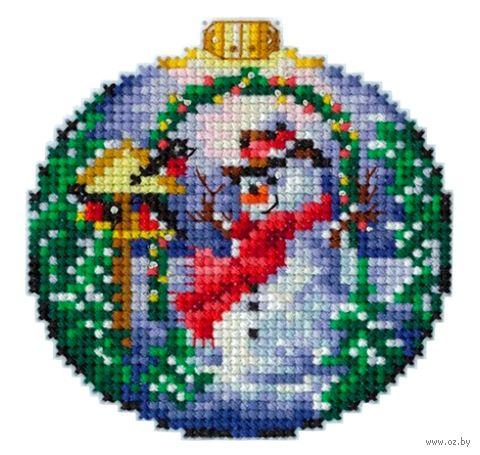 """Вышивка крестом """"Снеговик"""" (80х80 мм) — фото, картинка"""