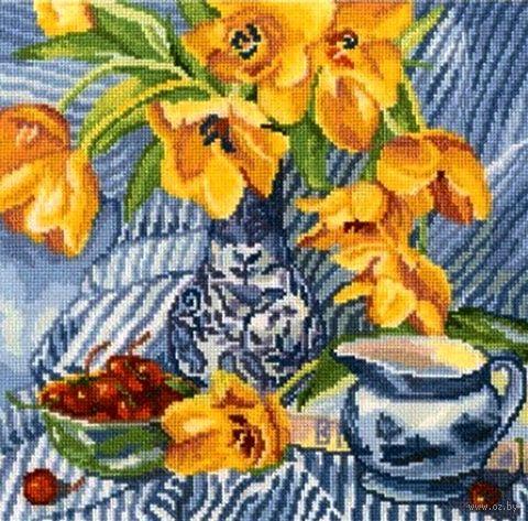 """Вышивка крестом """"Натюрморт с тюльпанами"""" (240x240 мм) — фото, картинка"""