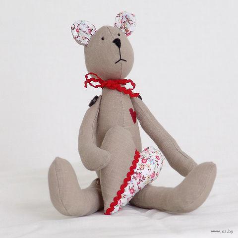 """Кукла ручной работы """"Медвежонок"""" (серый с сердцем)"""