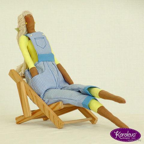 """Кукла ручной работы """"Девушка-садовник в голубом комбинезоне"""""""
